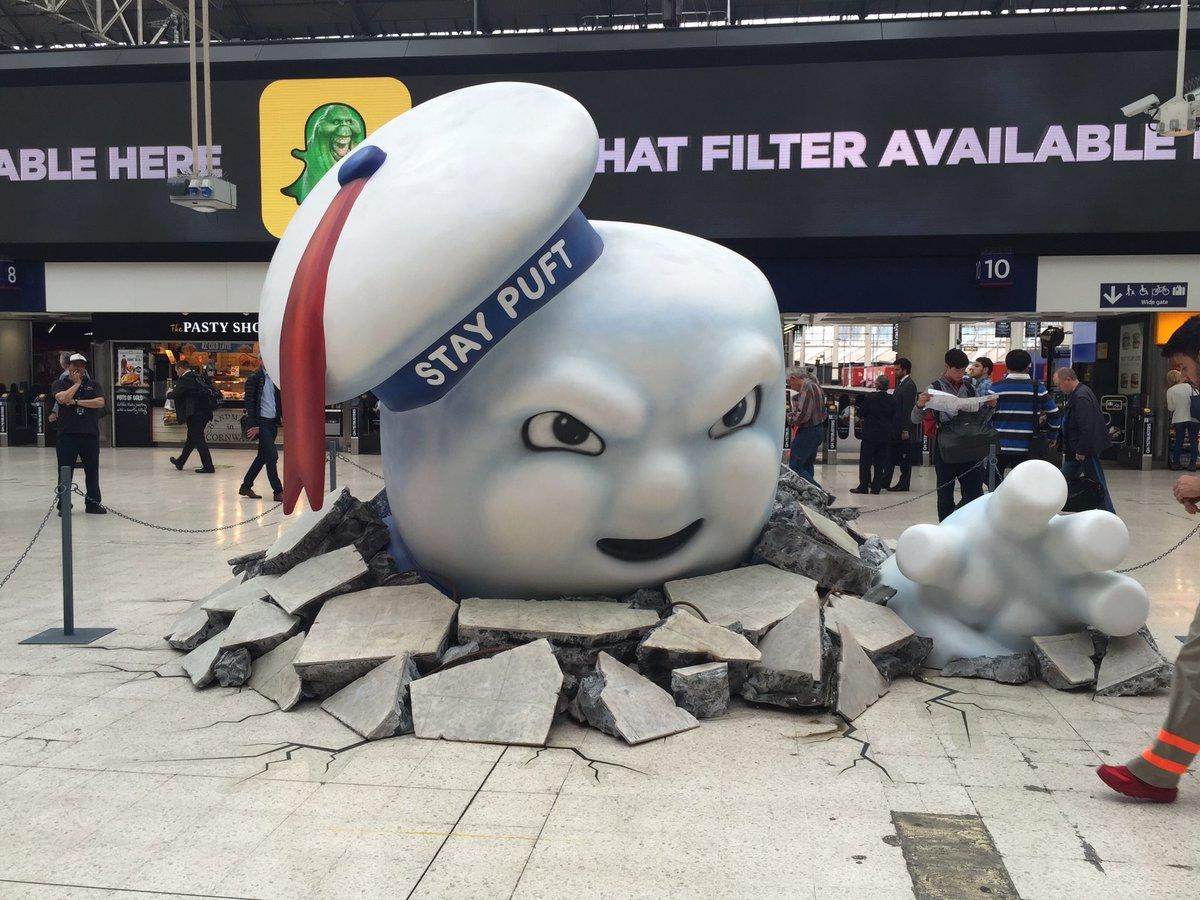 Ghostbusters in Waterloo Station