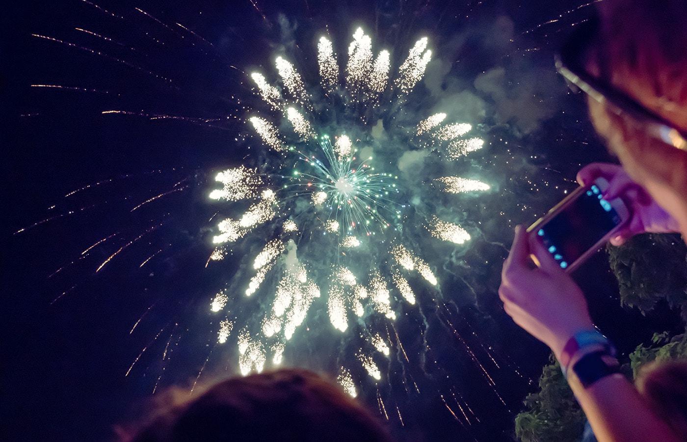 fireworks-min